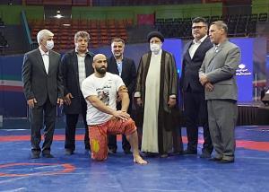قدردانی پهلوان ایران از مردم و رییس جمهور