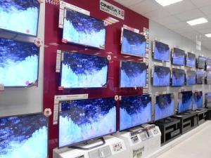 مقام مسئول: سال گذشته 800 هزار تلویزیون قاچاق  داشتیم که یک صدم آن هم کشف نمی شود!