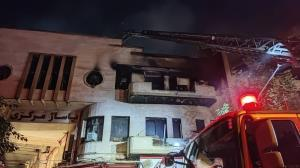 آتشسوزی گسترده در یک ساختمان تجاری
