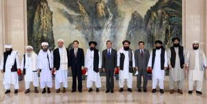 وزیر خارجه چین با هیأت طالبان دیدار میکند