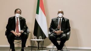 دیدار رئیس شورای انتقالی و نخست وزیر سودان ساعتی پیش از کودتا