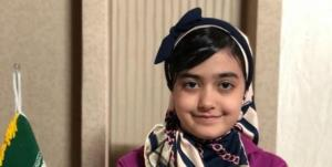 مدال طلای آسیا بر گردن شطرنجباز ۱۰ ساله نیشابوری