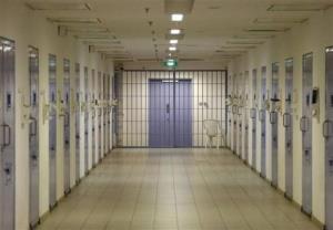 4 گوشه دنیا/ زیر و بم پرونده زندانیانی که باورنکردنی ترین فرارها را داشتند