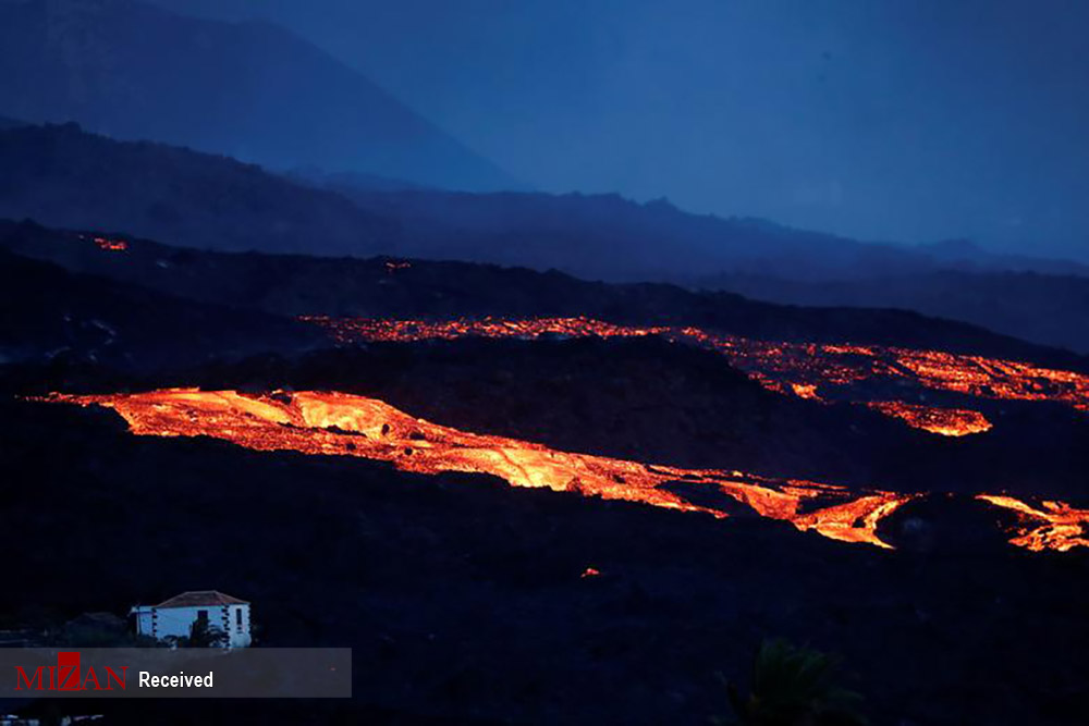 جاری شدن رودخانههای مذاب از آتشفشان لا پالم اسپانیا