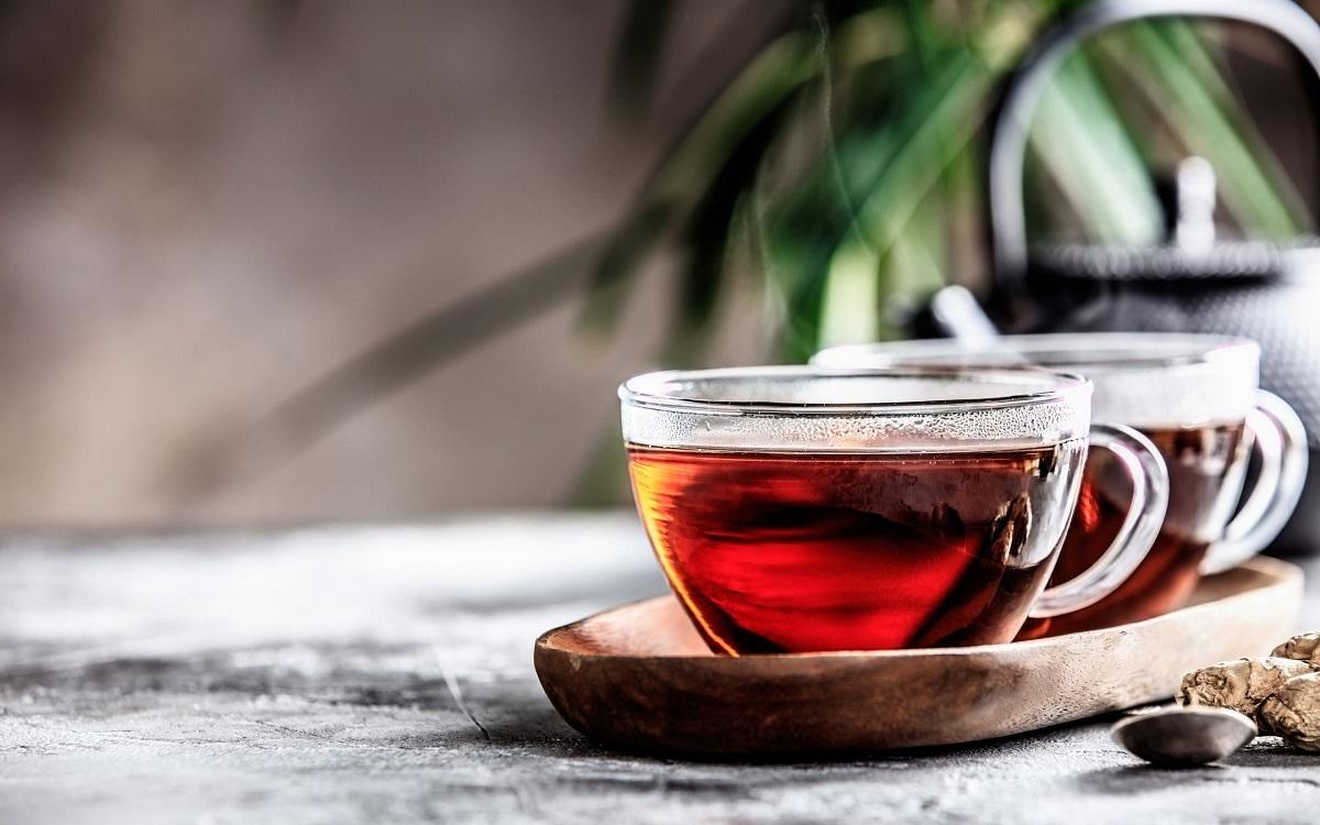 تاثیر شگفت انگیز چای سیاه برای رشد و سلامت موها