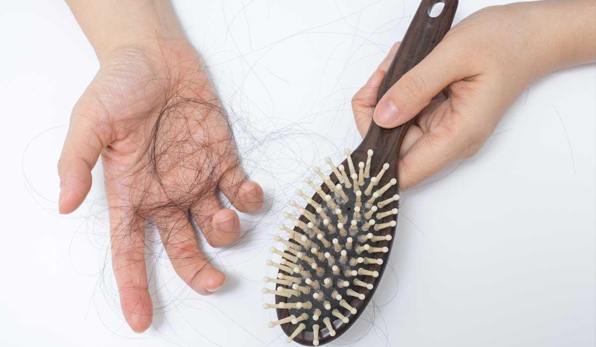 غذاهایی که باعث ریزش مو میشود