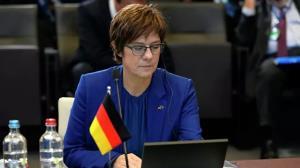 افزایش تنشها بین مسکو و برلین بر سر اظهارات وزیر دفاع آلمان