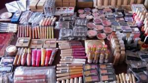 کشف لوازم آرایشی قاچاق ۵۰۰ میلیون ریالی در اسفراین