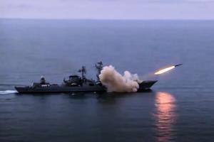 روسیه در دریای سیاه شلیک موشکی انجام داد