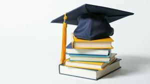 دانشجوی دانشگاهفرهنگیان هستم ولی ذهنم پیش پزشکی است!