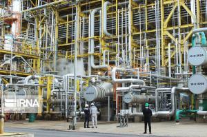 معاون وزیر نفت: ۳.۵ میلیون تن به ظرفیت تولید پتروشیمی افزوده میشود