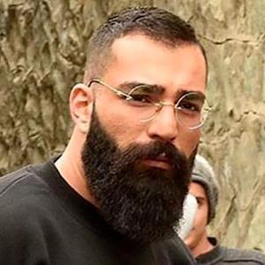 اعتراض به تبرئه خواننده معروف از اتهام قتل عمد