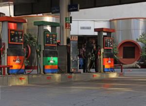 یکسوم جایگاههای سوخت در خوزستان وارد مدار شدند