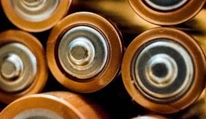 تولید باتری با استفاده از چوب!