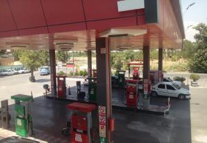 وزارت نفت: ۴۰ درصد از جایگاههای سوخت به مدار بازگشتند