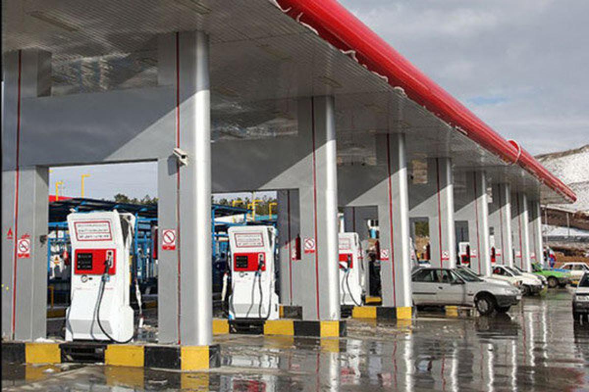 افزایش تعداد پمپ بنزینها با سوخت ۱۵۰۰تومانی