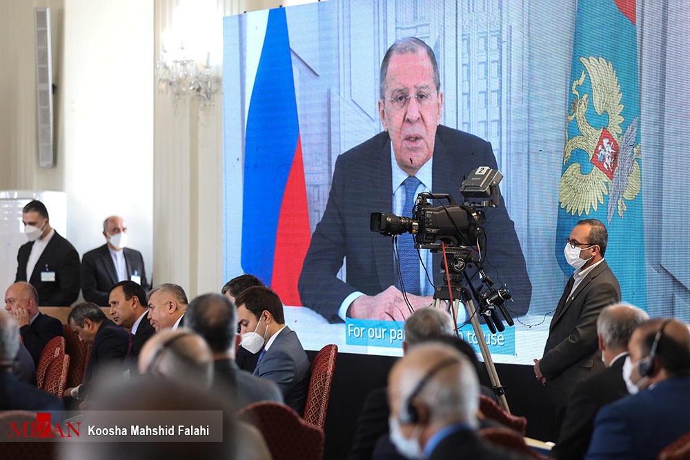 عکس/ سخنرانی مجازی وزیران خارجه روسیه و چین در نشست کشورهای همسایه افغانستان