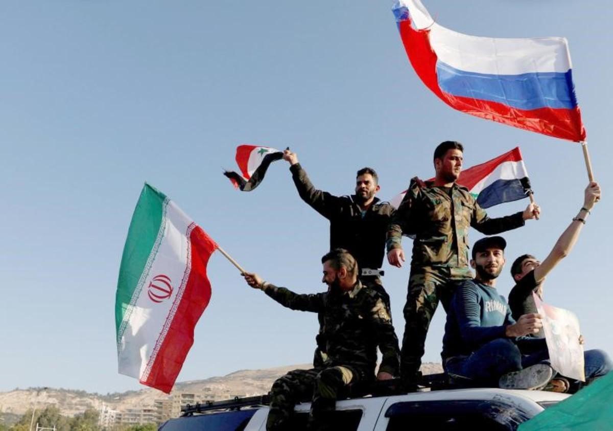 میدل ایست مانیتور: آیا نیروهای ایرانی در حال خروج از سوریه هستند؟