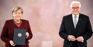 رئیسجمهور آلمان استعفای مرکل را پذیرفت