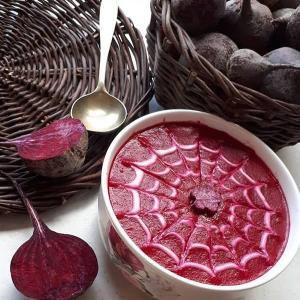 طرز تهیه سوپ چغندر قرمز مجلسی با رنگ و طعم جذاب