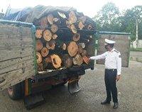 کشف بیش از ۱۵ هزار مترمکعب چوب قاچاق در آذربایجانغربی