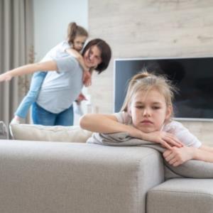 والدینی که مقصر حسادت بین فرزندانشان هستند!