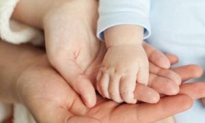 وزارت بهداشت: هر زن باید بیش از ۲ فرزند داشته باشد تا ترکیب جمعیتی ایران حفظ شود