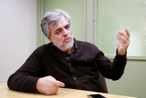 مهاجری: لاریجانی برای شورای نگهبان نه راه پس گذاشته و نه راه پیش