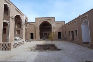 آغاز مرمت یک بنا مربوط به دوره قاجاریه در نیکشهر