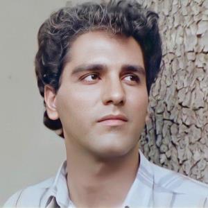چهرهها/ عکس قدیمی از مهران مدیری در سریال باغ گیلاس