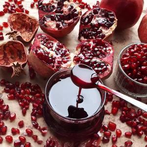 طرز تهیه سس انار مخصوص و خوشمزه برای انواع غذاها