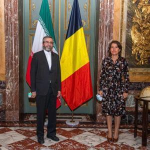 صبحانه کاری باقری با دبیرکل وزیر خارجه پادشاهی بلژیک در کاخ اگمونت
