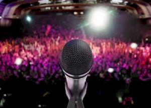 کنایه مجری به کنسرت اخیر در ترکیه!