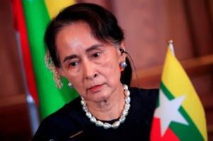 آنگ سان سوچی اتهامات دولت نظامی را رد کرد