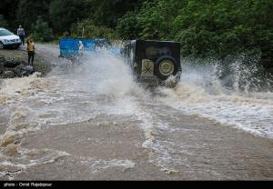 عکس/ بارش های پاییزی و طغیان رودخانه در رودسر گیلان