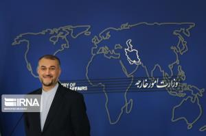 ژستهای وزیر امور خارجه در نشست خبری امروز