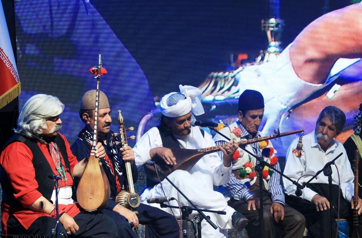 مخالفان برپایی موسیقی نواحی در شهر کرمان چه می گویند؟