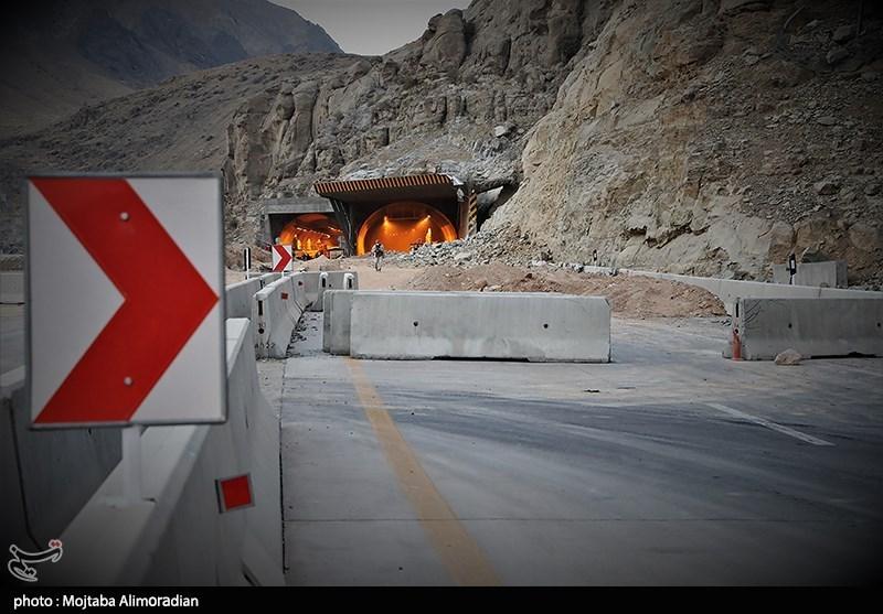 عکس/ انفجار صخره ۵۰۰۰ تُنی در آزادراه تهران-شمال