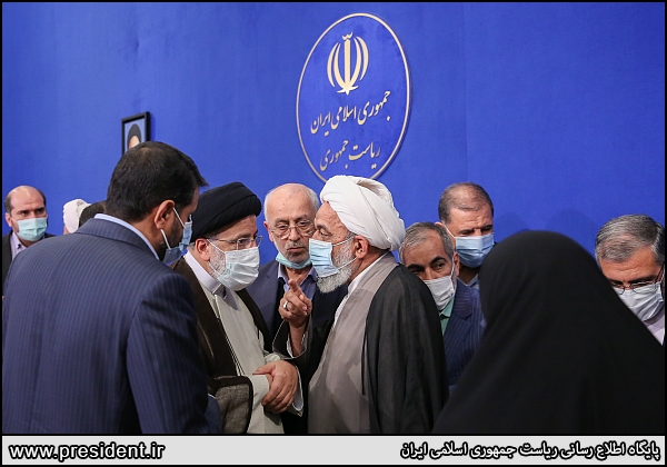 عکس/ حلقه نمایندگان تهران به دور رئیسی