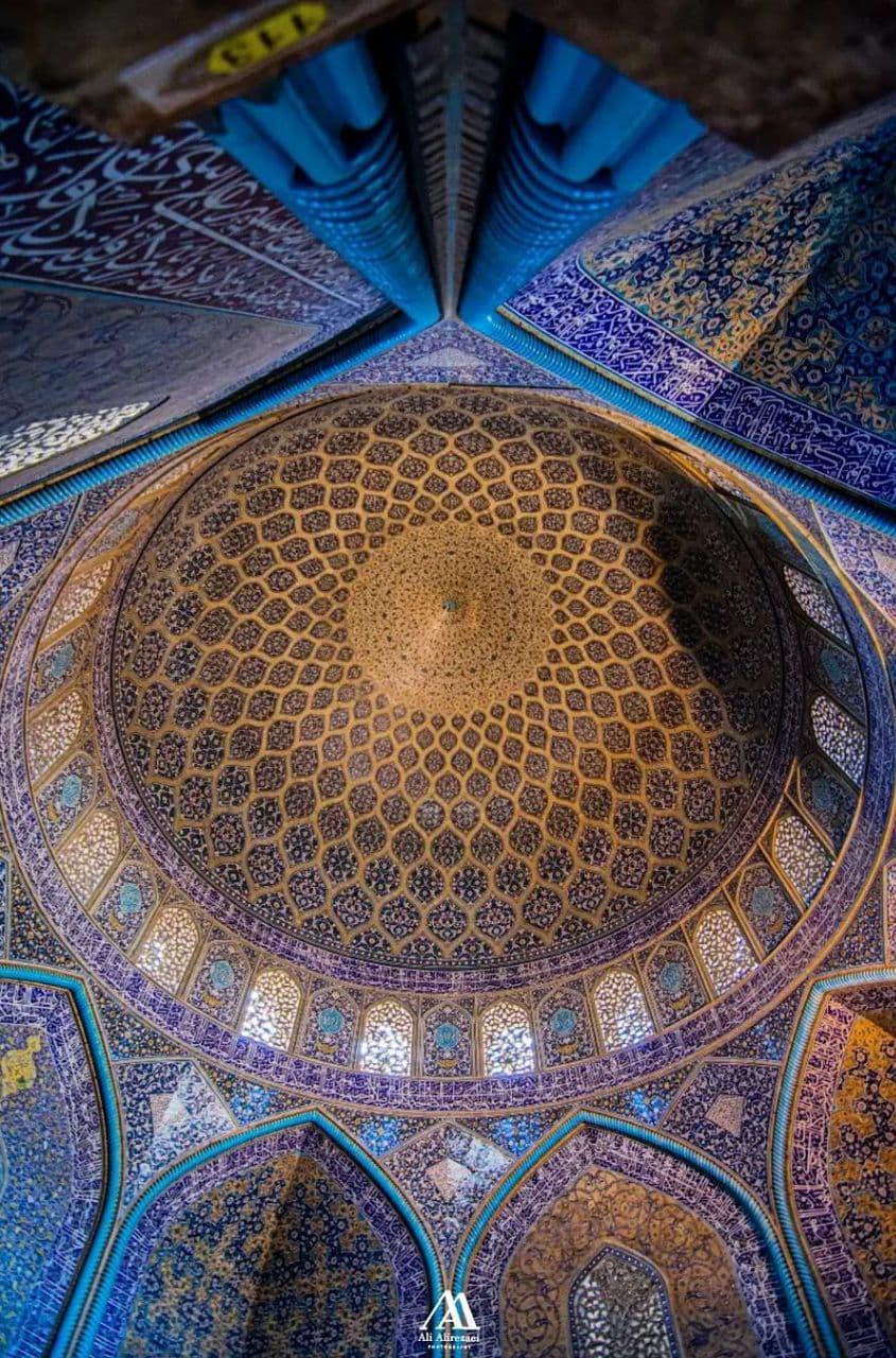 شاه کار معماری صفویه مسجد شیخ لطف الله اصفهان