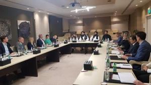 جلسه وزیر خارجه طالبان با نمایندگان ۱۴ کشور