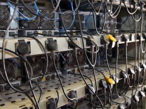 کشف ۳۰۰ دستگاه رمز ارز در بهبهان توسط سربازان گمنام امام زمان(عج)