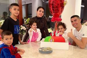 نزدیکتر شدن رونالدو به رویای هفت فرزند