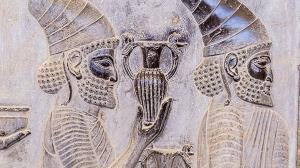 آداب خواستگاری ایرانیها در دوران باستان چگونه بوده است؟
