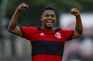 رئال مادرید به دنبال جذب پدیده 17 ساله برزیلی