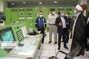 بازدید رئیس سازمان بازرسی کشور از تاسیسات نفتی کارون در اهواز
