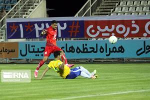 باشگاه صنعتنفت از داور بازی با تراکتورسازی تبریز شکایت کرد