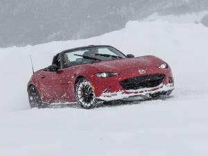 در هوای برفی چگونه رانندگی کنیم؟