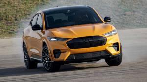بهترین خودروهای سال ۲۰۲۱ به انتخاب رانندگان برنامه «ماشین هفته»