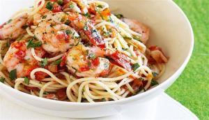 خوراک اسپاگتی و میگو مخصوص شام